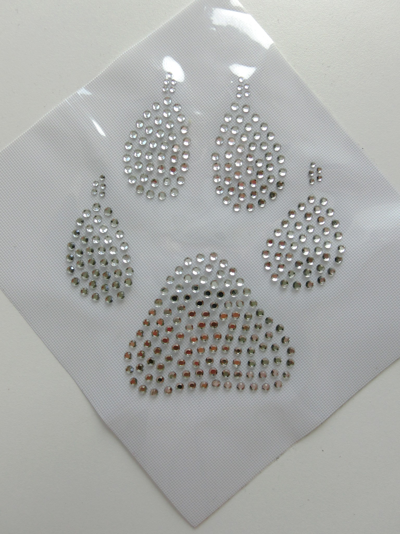 Zauber-Strass - 1 große Hunde Pfote Strass Hotfix Bügelbild Crystal süß